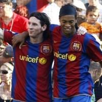 Messi is magical, Ronaldo isn't - Ronaldinho