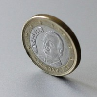 Irish bailout rate 'cut to under 4 per cent' by draft agreement - report