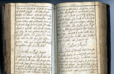Boiled pike and Queen Elizabeth's cure for a cold: A rare cookery book from the 1680s