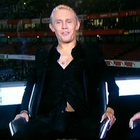 The fashion police came to take Jimmy Bullard away this evening