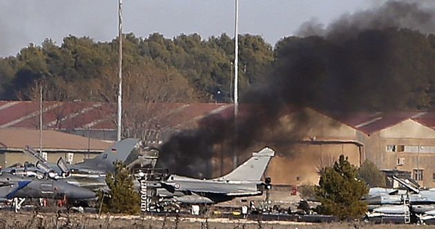 Ten people dead after Greek fighter jet crashes at Spanish military base