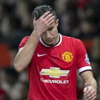 Van Persie casts doubt over Manchester United future