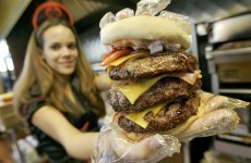 This is what it's like to eat a 20,000 calorie burger