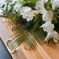 'Dead' man shocks family by coming back to life at funeral, crying