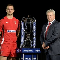 Gatland springs surprise and names Wales team early