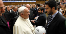 The story behind the Pope's meeting with Lazio GAA and the pic that went viral