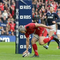 Wales edge Scotland in thrilling end-to-end encounter full of great tries