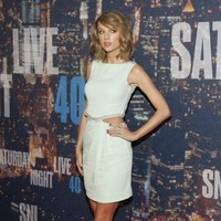 Starbucks responds brilliantly to Taylor Swift's tweet about Blank Space