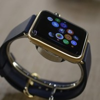 After record profits, Apple is preparing to make a LOT of smartwatches for April