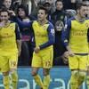 Arsenal take advantage of United's slip-up to move third