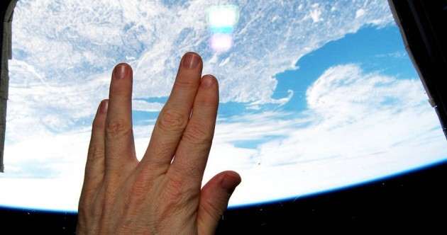 Leonard Nimoy honoured with Vulcan hand salute from space