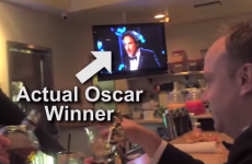 Here's what happens when you walk around Hollywood with a fake Oscar