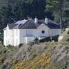 No movement at Killiney mansion despite 4pm deadline