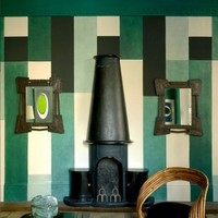 Can wall decoration be an art form in itself?