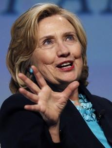 Hillary: Bill granting Gerry Adams a visa helped lead to peace in Ireland