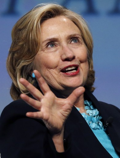 Hillary: Bill granting Gerry Adams a visa helped lead to peace in Ireland