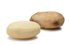 America has approved genetically modified spuds and apples