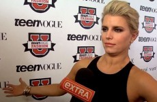 Jessica Simpson being interviewed while absolutely locked is the best thing you'll see today