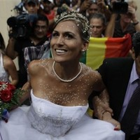 Cuba transgender wedding shows shifting attitudes