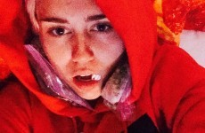 Miley Cyrus made her freshly-removed wisdom tooth into a necklace, as you do