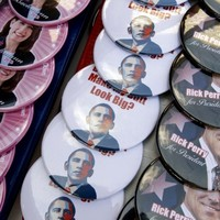 Obama fires rare attack on Republican presidential hopefuls