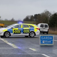 Man dies in car crash in Bandon