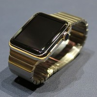 The €19,000 gold Apple Watch Edition sold out in China in less than an hour