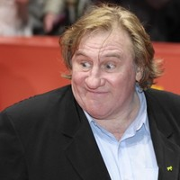 Gerard Depardieu 'said sorry' to stewardess after peeing on plane