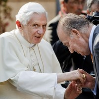 """Pope says modern society suffering """"amnesia"""" about God"""