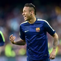 Classy Neymar double eases Barcelona past poor PSG
