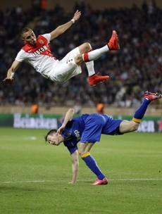 A classic Italian football performance saw Juventus reach the semi-final tonight