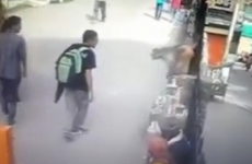Guy offends monkey, gets the comeuppance he richly deserves