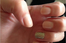 People are painting their nails for Bruce Jenner and it's taken over Twitter