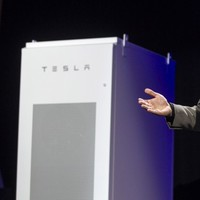 Tesla wants your home to be battery powered