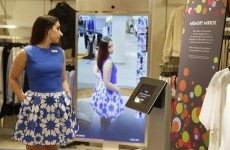This mirror can tell you what goes with your clothes when you're buying them