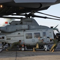 US helicopter missing in Nepal after massive earthquake that killed dozens