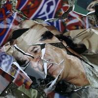 Libya: Battles rage in Gaddafi strongholds as missed chance to capture leader revealed