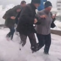 """That's what they thought of us"": Dubliners soaked by massive wave from luxury liner"