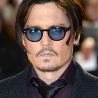 "Australia tells Johnny Depp's dogs to ""b***er off"" or be euthanised"