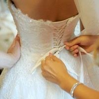 Gardaí investigating after boutique closure leaves brides with no wedding dresses