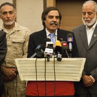 Libya's NTC moves to Tripoli as details of Gaddafi's bid to save regime revealed