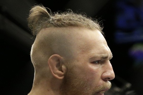 8 Signs That Man Buns Have Gone Too Far The Daily Edge