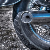 20-year-old motorcyclist killed in crash along Dublin canal