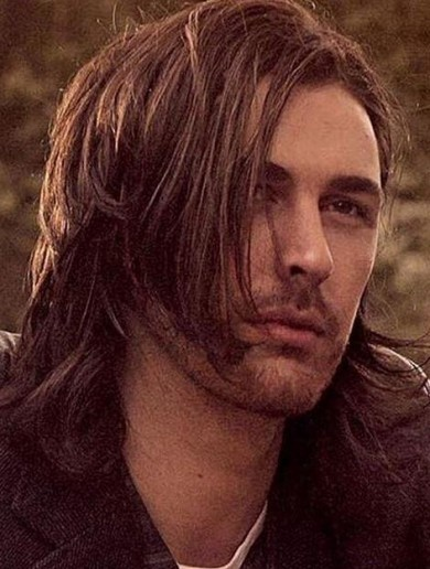 Hozier finally straightened his hair for Vogue and the fans are distraught