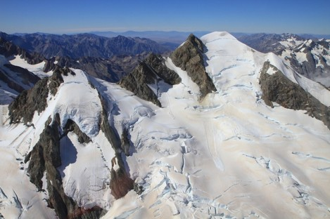Tasman Glacier from the sky