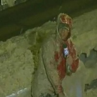 Gutter journalism: reporter gets drenched in sea foam whilst covering Irene