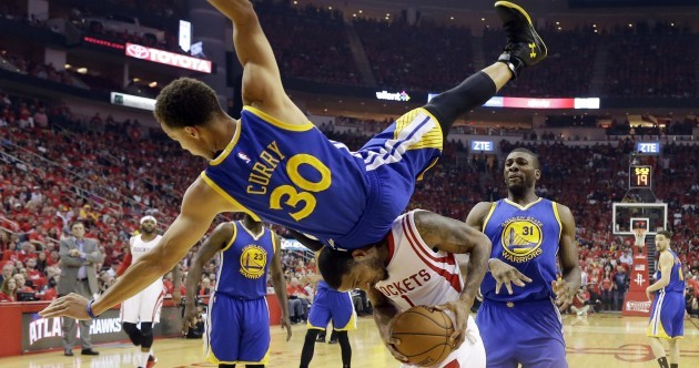237d278d87d3 Steph Curry had everybody worried following the  scariest  fall of his  career