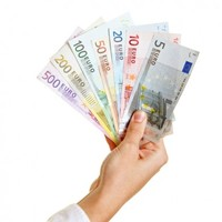 Most public servants will get €2,000 extra over the next two years