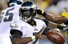 (Hundred) million dollar man: Vick gets new contract with the Eagles