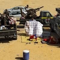 Libya demands return of Gaddafi family - and issues deadline for surrender